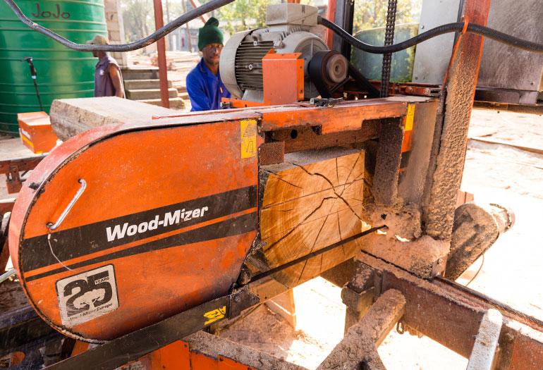 Wood-Mizer Twin Rail LX450 Sawmill Transforms Sawmill in South Africa